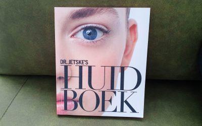 Fake news: geloof deze marketingtrucs niet – tips uit het huidboek van Dr Jetske Ultee.