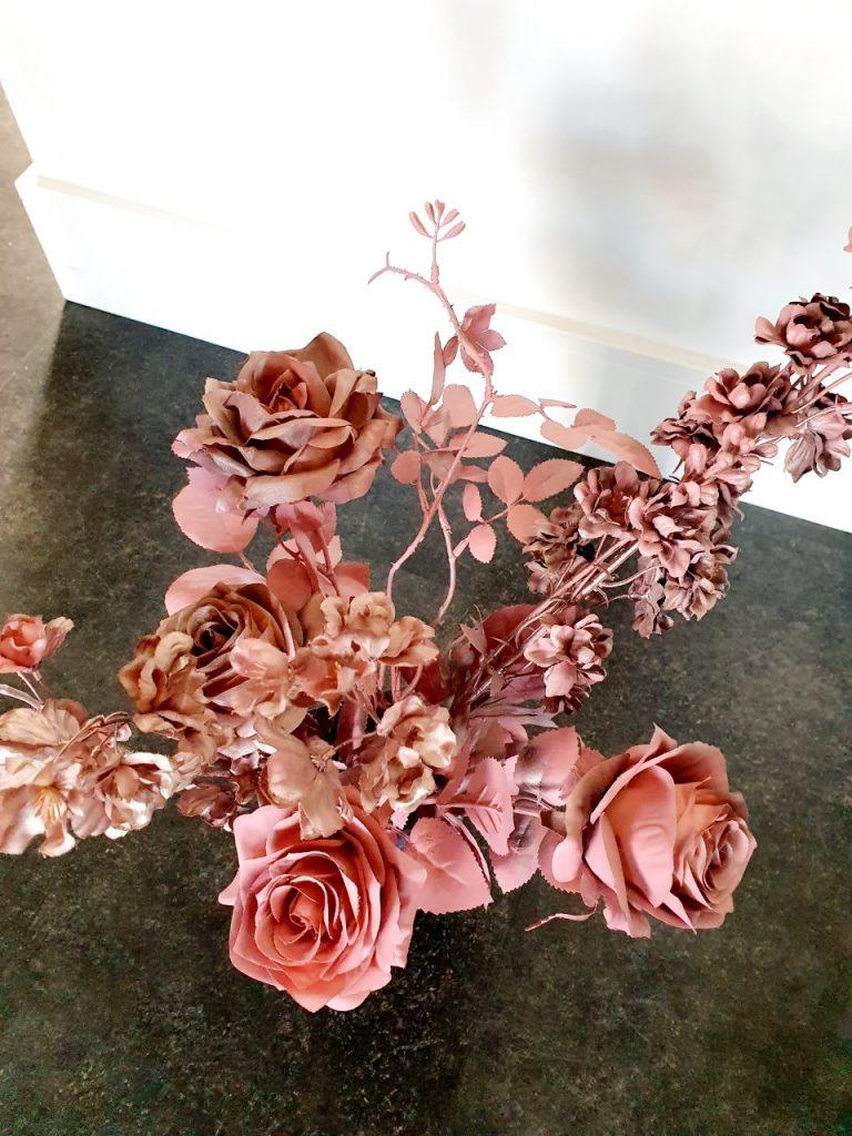 kunstbloemen spuiten